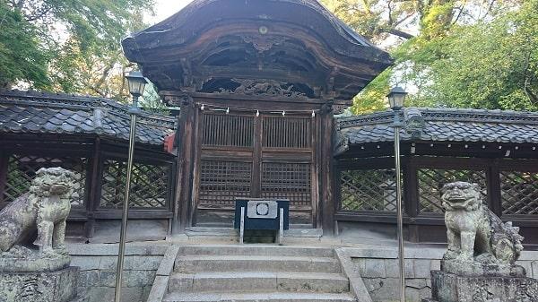 伊居太神社の本殿