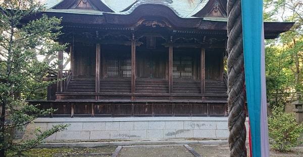 伊居太神社で参拝
