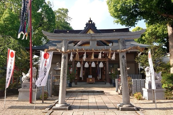 小戸神社の拝殿