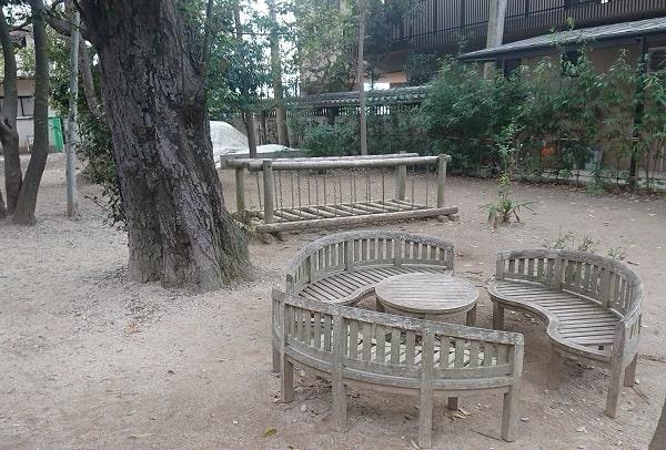 亀之森住吉神社にある遊具