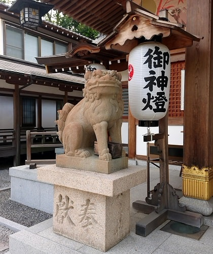 伊和志津神社の狛犬