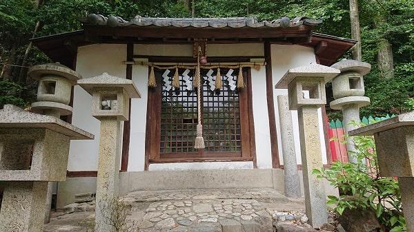 宝塚の豊玉神社