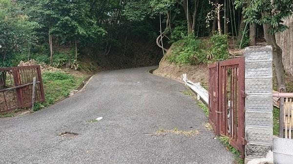 売布神社の坂道