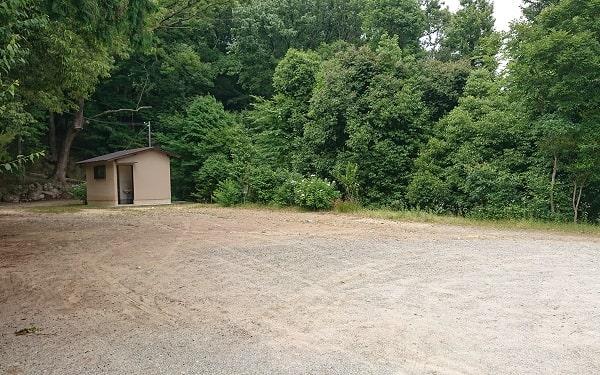 売布神社の駐車スペース