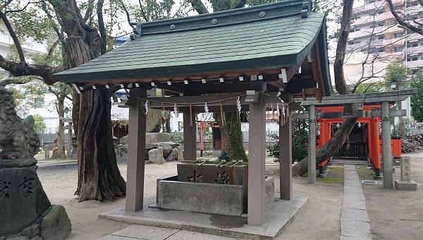 素盞烏尊神社の手水舎