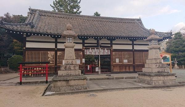 森稲荷神社の拝殿
