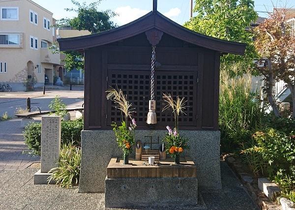 日吉神社の横にあるお地蔵さん