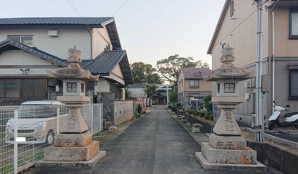 鴻池神社の入り口
