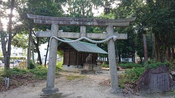 西天神社の末社