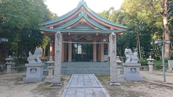 西天神社の拝殿
