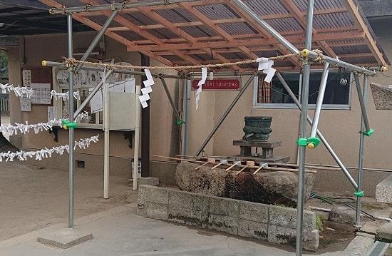 猪名野神社の手水舎
