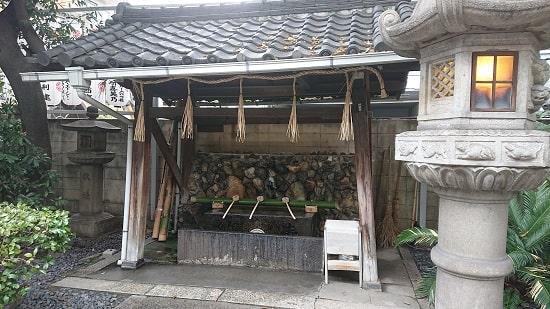 サムハラ神社の手水舎